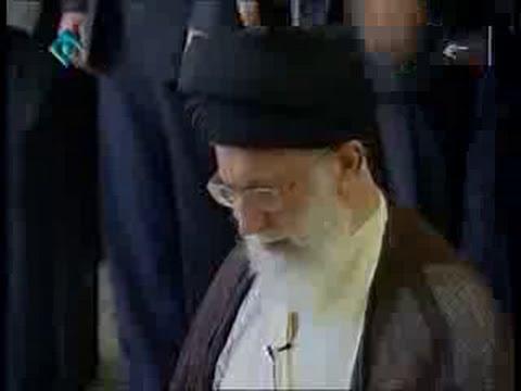 Surah Munafiqon - Recitation by Ayatullah Khamenei - Arabic