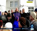 [28 March 2018] Russia_ Kemerovo official begs on his knees for forgiveness before angry crowd - English