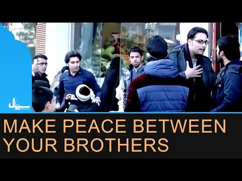 Short Film I Jhagda aur Public ki khamoshi I Interesting Public Reaction Watching Fight I  Speak up - Urdu