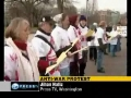 Americans stage anti-war protest before Obama national address - 26Jan2010 - English